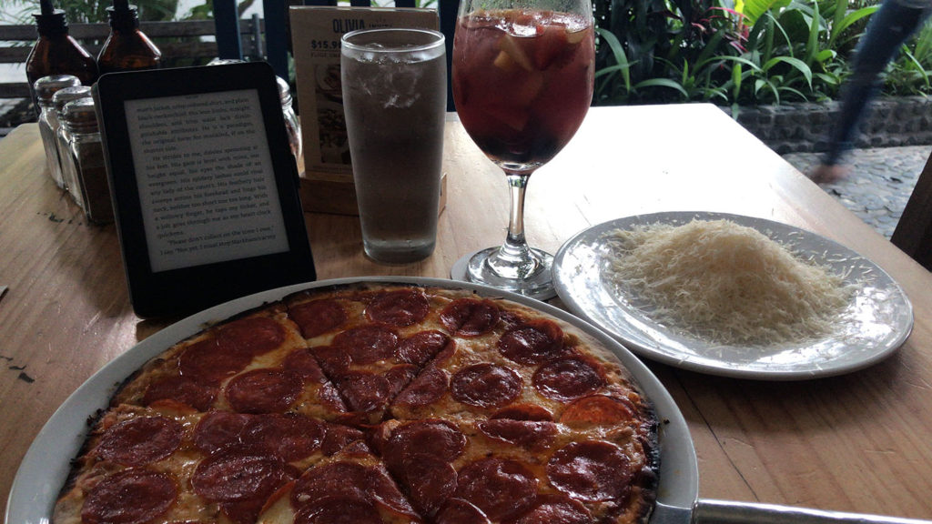 Pizza and sangria- solo date time