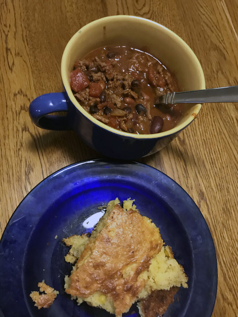 Chilli and home-made cornbread